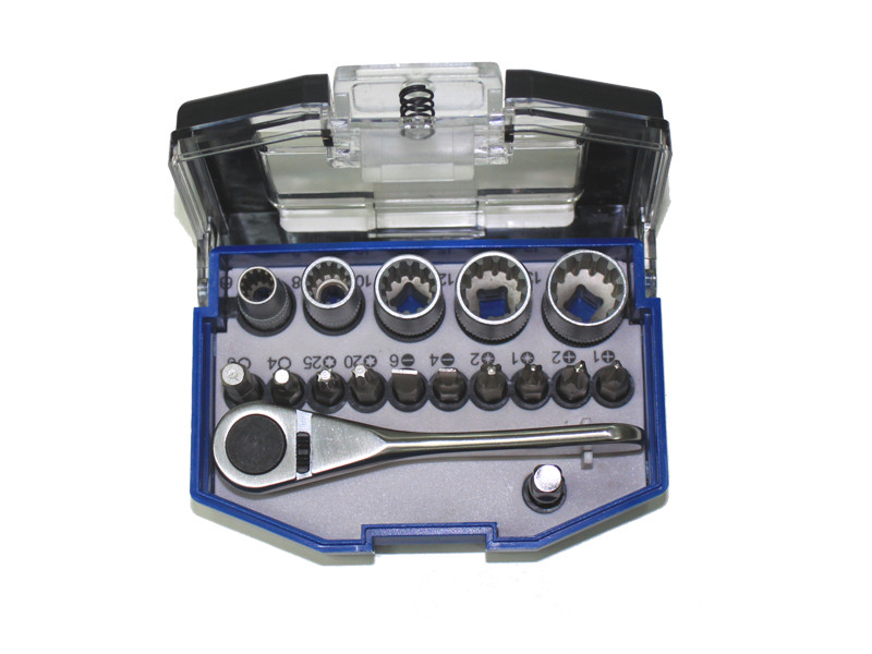 17 PCS BIT & SOCKET SET
