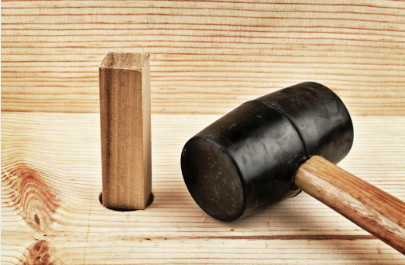 Wooden Product Surface – What is the difference between varnish and lacquer finish?